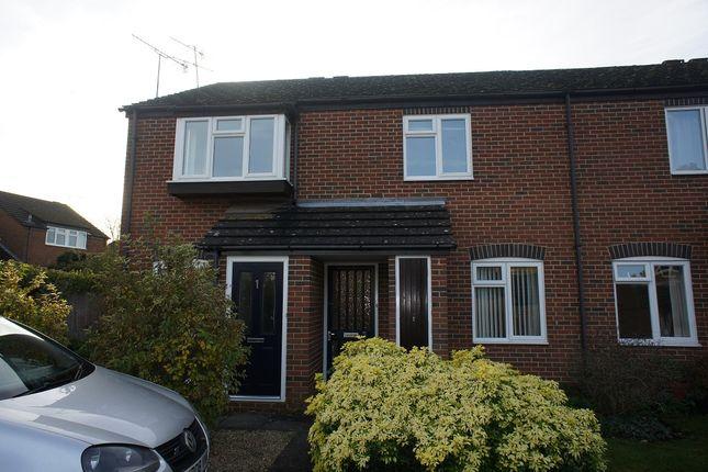 Thumbnail Maisonette to rent in Gravett Close, Henley On Thames