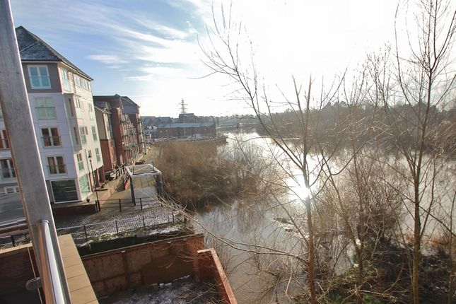 Thumbnail Flat for sale in Quayside, Chester
