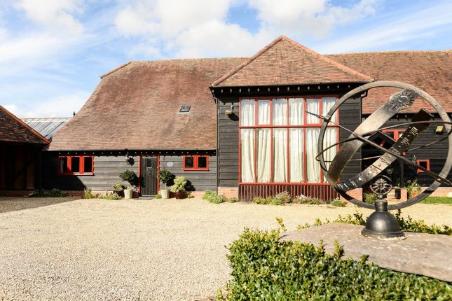 Thumbnail Barn conversion for sale in St Peters Court, Appleford