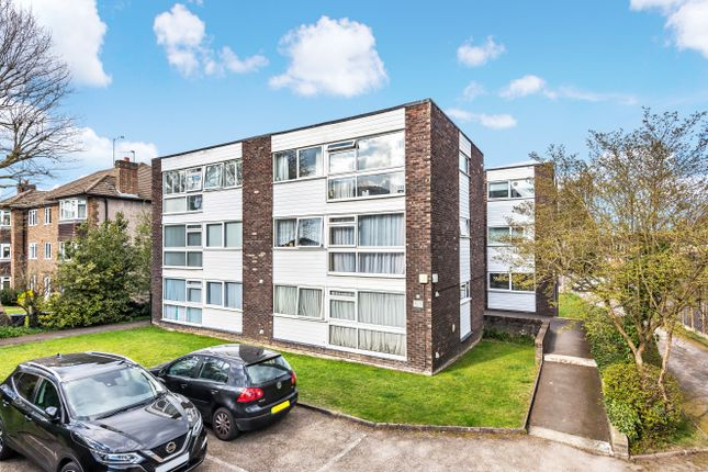 1 bed flat for sale in Durham Road, Bromley BR2