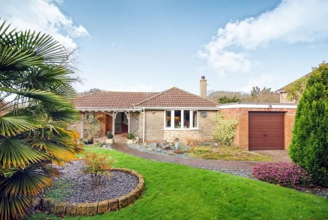 Thumbnail Bungalow for sale in Rolls Hill, Cowes