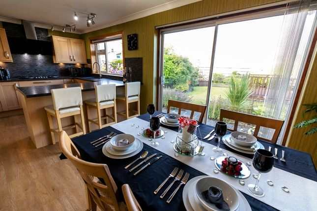 Thumbnail Detached house for sale in Bennochy Avenue, Kirkcaldy