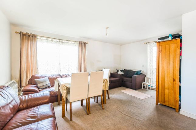 Thumbnail Flat for sale in Bounds Green, Bounds Green