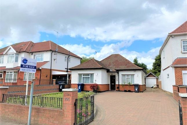 Thumbnail Bungalow for sale in Norwood Road, Southall