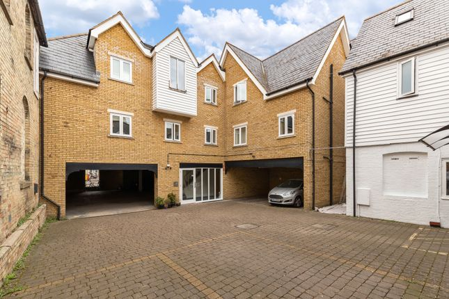 2 bed flat for sale in Jepps Courtyard, Jepps Lane, Royston SG8