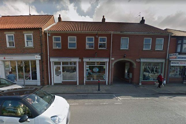 Thumbnail Retail premises for sale in Albert Avenue, Anlaby Road, Hull