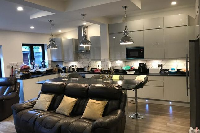 Thumbnail End terrace house to rent in Nimrod Road, Streatham