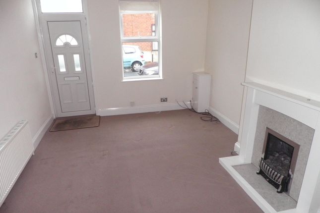 Thumbnail Terraced house to rent in Avenue Place, Harrogate