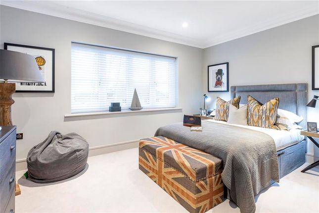 Bedroom of Godstone Road, Lingfield, Surrey RH7
