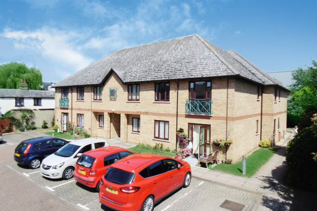 Thumbnail Flat for sale in Millers Court, Biggleswade