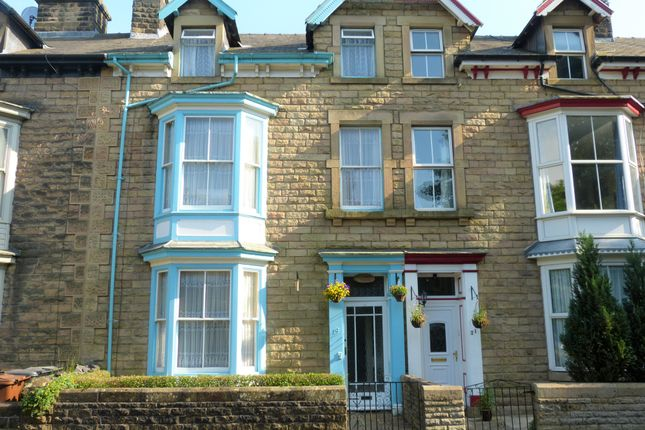Thumbnail Terraced house for sale in Hardwick Square South, Buxton