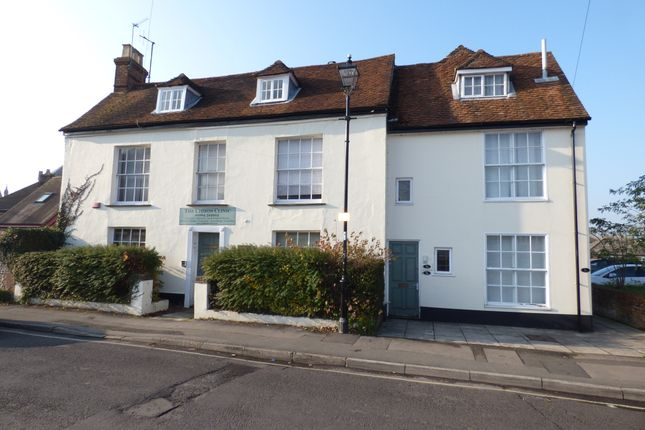 2 bed flat to rent in Church Close, Andover SP10