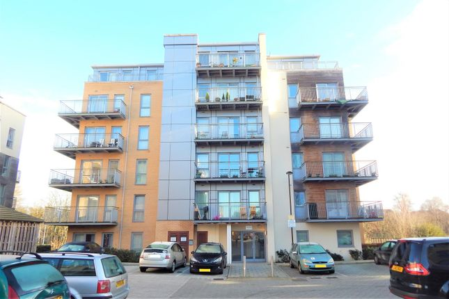 Thumbnail Flat to rent in Fortune Avenue, Edgware