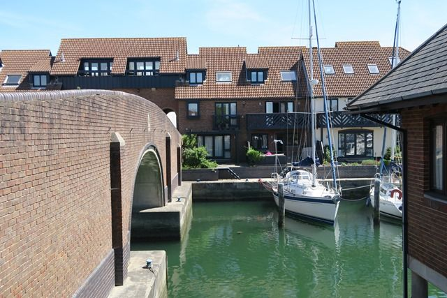 Thumbnail Town house for sale in Velsheda Court, Hythe Marina Village, Hythe, Southampton