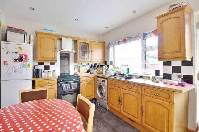 Thumbnail Terraced house to rent in Clive Grove, York