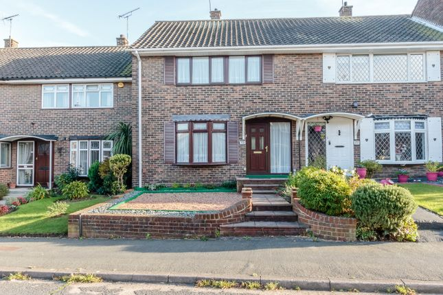 Thumbnail Terraced house for sale in Ardleigh, Basildon