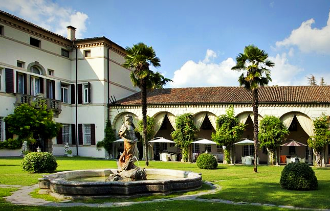 Thumbnail Villa for sale in Centre, Padua City, Padua, Veneto, Italy