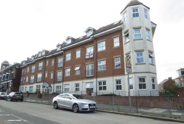 1 bed flat for sale in Laygate, South Shields NE33