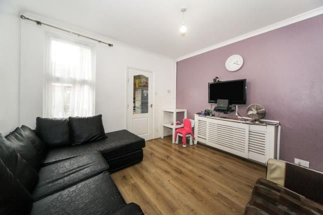 Dining Room of Ash Road, Luton, Bedfordshire, England LU4