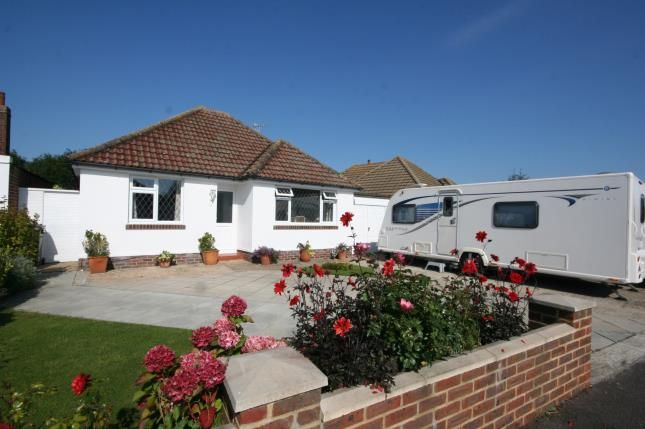 Thumbnail Bungalow for sale in Courtland Road, Polegate