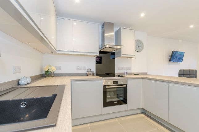 Thumbnail Flat for sale in Queens Terrace, Southampton