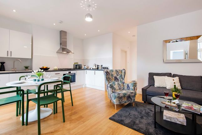 Thumbnail Flat to rent in North End Road, London
