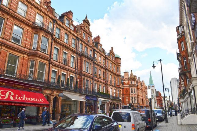 Flat for sale in South Audley Street, London
