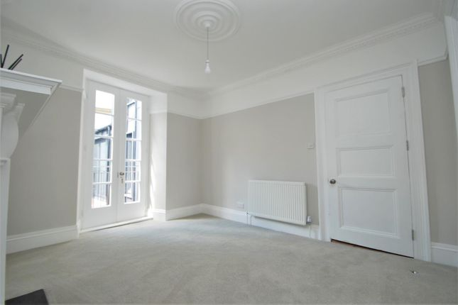 Reception Room of Athenaeum Street, Plymouth PL1