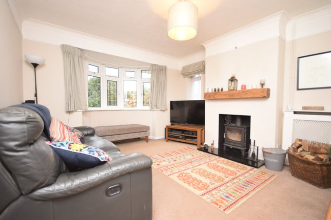 3 bed detached bungalow for sale in Canterbury Road, Kennington, Ashford