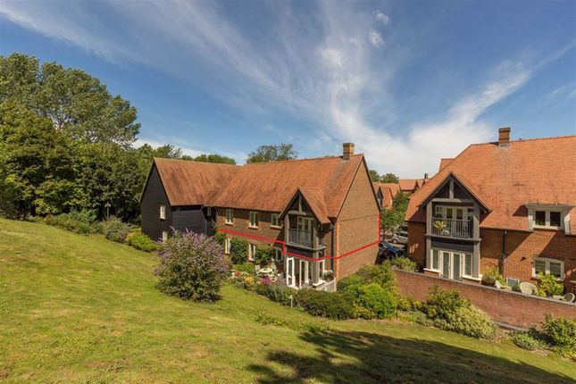 Thumbnail Flat for sale in South Street, Letcombe Regis, Wantage