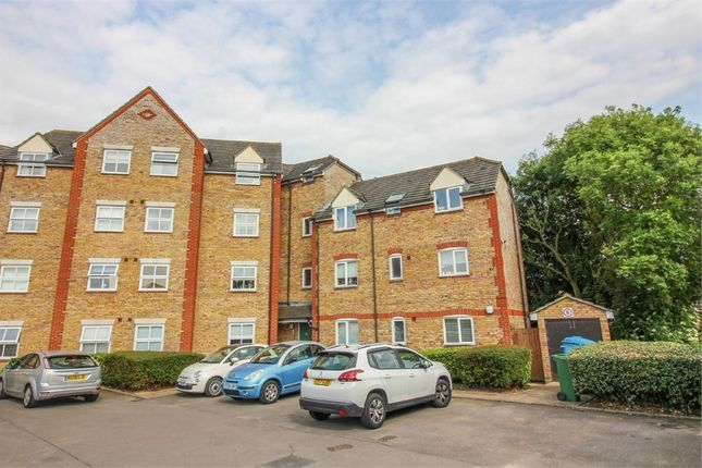 Thumbnail Flat for sale in Victoria Gate, Harlow, Essex