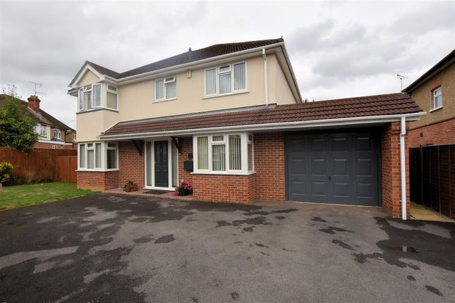 Thumbnail Detached house for sale in Wendover Way, Tilehurst, Reading