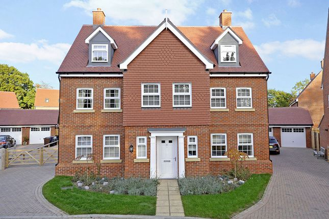 "Thumbnail Detached house for sale in ""The Cranleigh"" at Admiral Way, Godalming"
