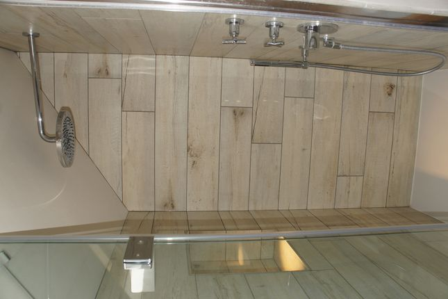 En-Suite Shower of 9 Shorts Lane, Beaminster DT8