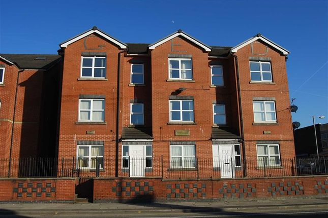 Thumbnail Property to rent in Walmersley Road, Bury, Lancashire