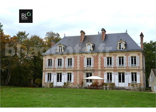 Thumbnail Property for sale in 77100, Meaux, Fr