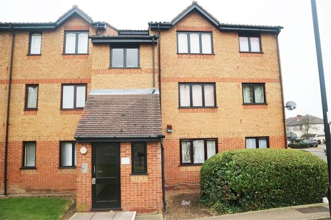 Thumbnail Flat for sale in Aylands Road, Enfield, Greater London