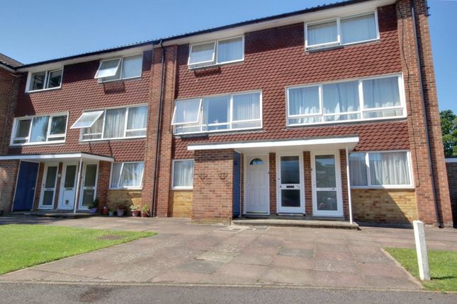 Picture No. 11 of Inglewood Court, Liebenrood Road, Reading, Berkshire RG30
