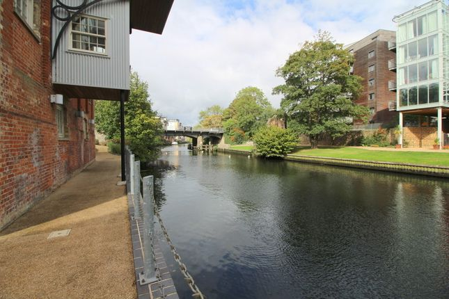 Thumbnail Flat to rent in Paper Mill Yard, Norwich