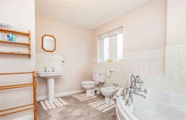 Bathroom of Flag Lane, Heath Charnock, Chorley PR6