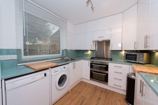 Hilldrop Crescent, London, N7 0Hx - Kitchen