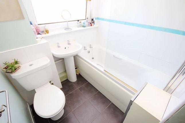 Bathroom of Don Drive, Craigshill, Livingston EH54