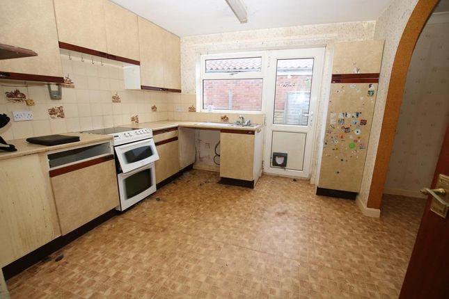 Kitchen of Fen Road, Little Hale, Sleaford NG34