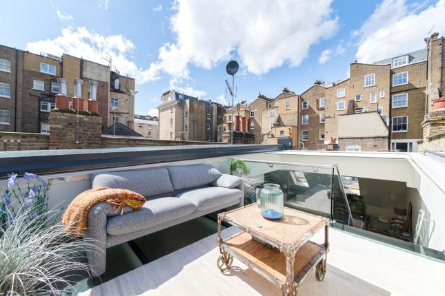 Roof Top of Elvaston Mews, London SW7