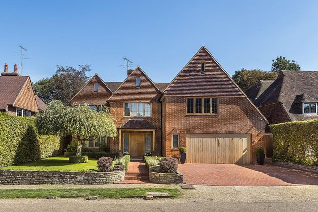 Thumbnail Detached house to rent in Clive Rd, Esher