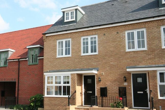 Thumbnail Town house to rent in Constance Street, Buckingham
