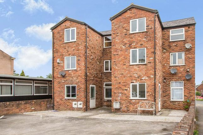 Thumbnail Flat to rent in West Road, Congleton, Cheshire