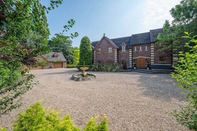 5 bed detached house for sale in The Gables, Bransford WR6