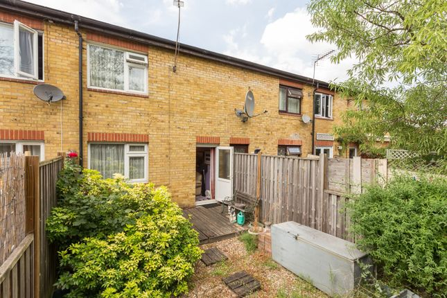 Thumbnail Terraced house for sale in Kings Road, Wood Green