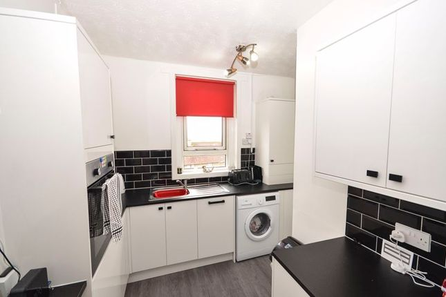 Kitchen of Barlandfauld Street, Kilsyth, Glasgow G65